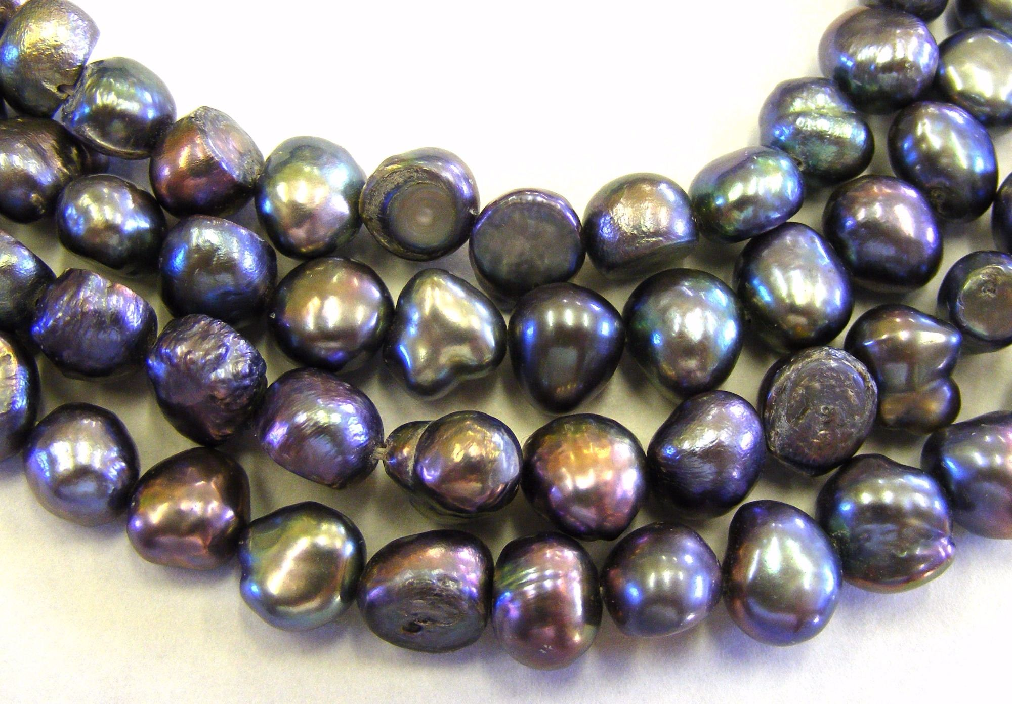 color pearls blog shape size tahitian origin peacock of